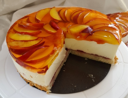 Greek yogurt cheesecake and nectarines
